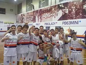 la festa dell'under 17 PB63 dopo la vittoria del campionato