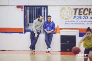 coach Riga con il suo assistente Farina