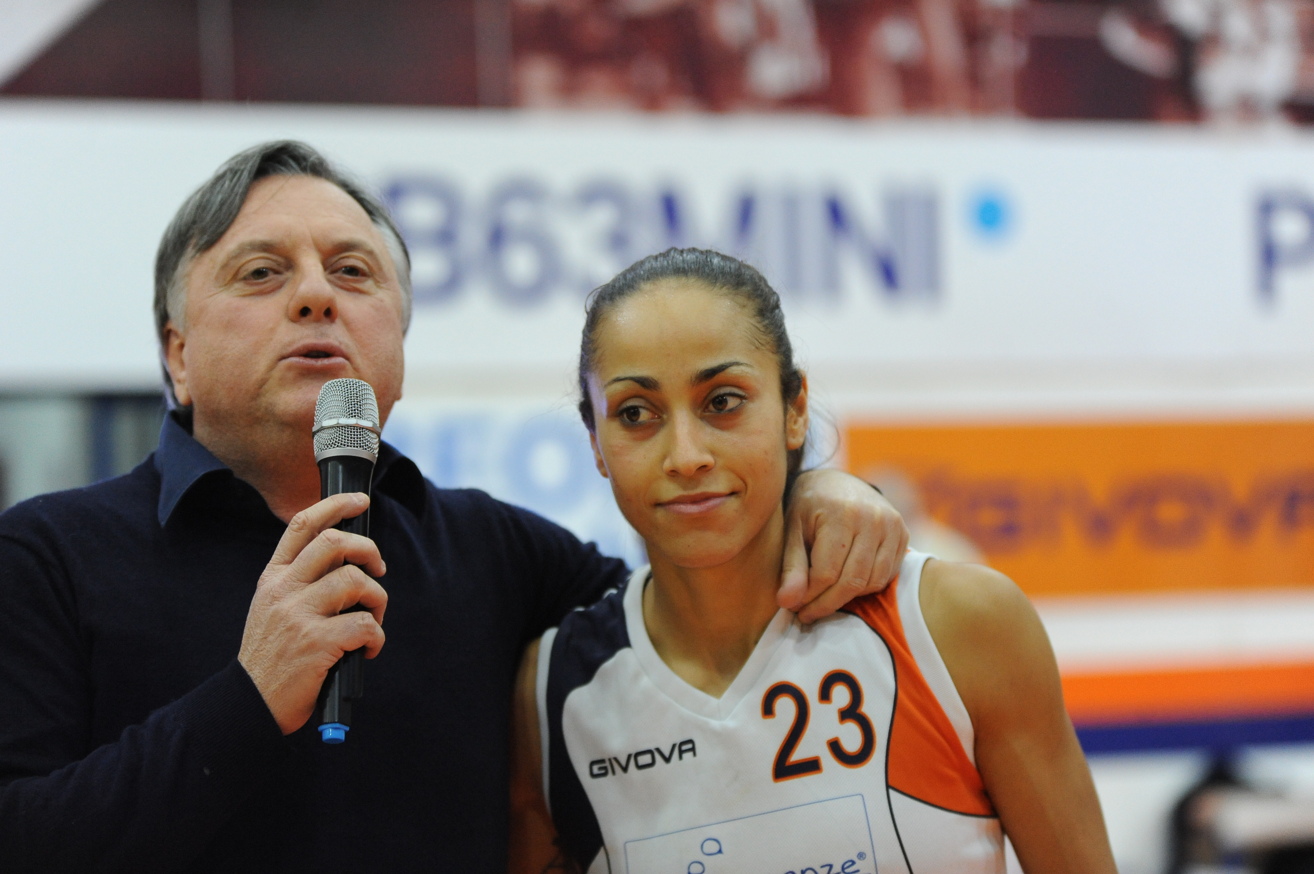 Inma Zanoguera con il presidente Rossini
