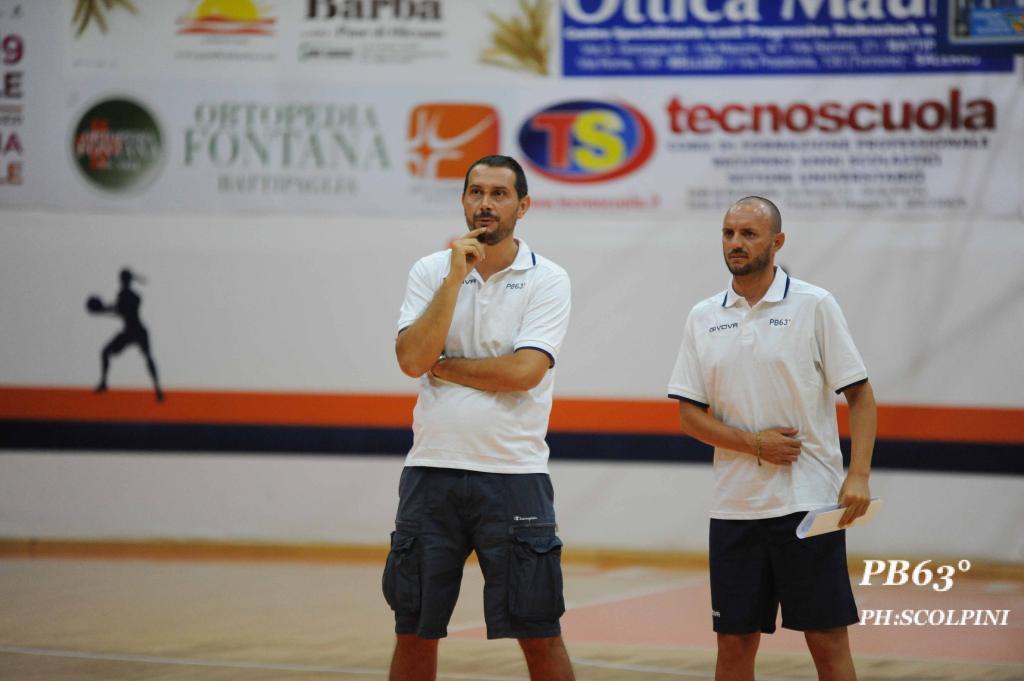coach Menduto ed il suo vice Serrelli